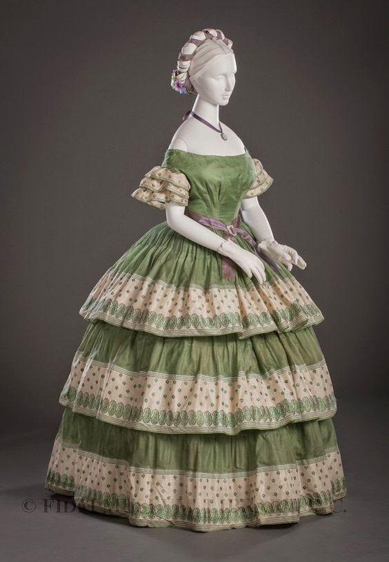 Jacqui e evening dresses 1800 1899