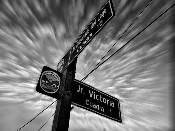 Buscando direcciones (Finding directions)