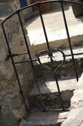 Love Garden gate with heart GaTeS Pinterest Jardins