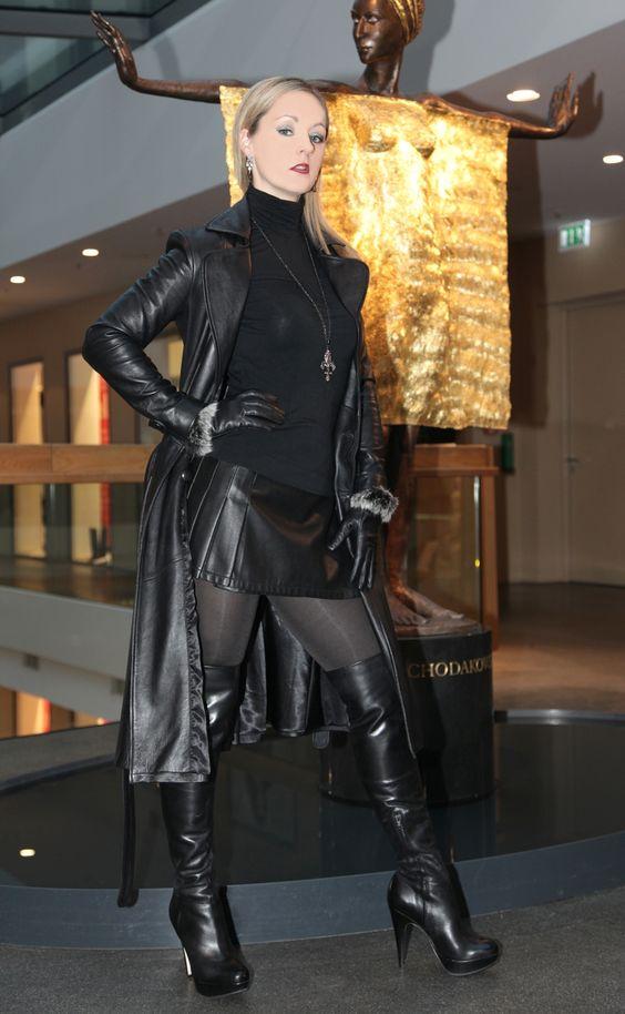 Fetish Lady Ann 83