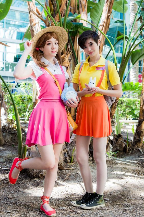 Cosplay Mei and Satsuki - My Neighbor Totoro / Tonari no ...