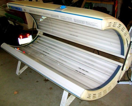 SUNQUEST PRO 24RS WOLFF TANNING SYSTEM