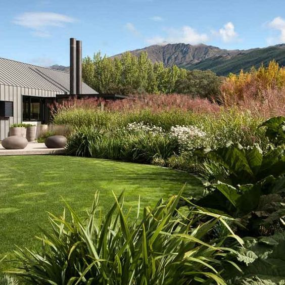 Suzanne Turley Landscape Design Hill Garden Queenstown Nz Landscape Design Queenstown Gardens Garden On A Hill