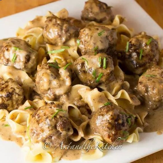 70 Drool Worthy Ground Beef Recipes That Will Make You: Gravy, Brown And Swedish Meatball On Pinterest