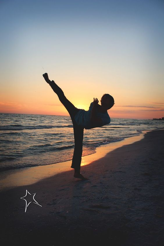 Boy Senior Photos | Martial Arts | TaeKwonDo | © Stargo Photography #Arts #BOY #martial #photography #photos #senior #stargo #taekwondo