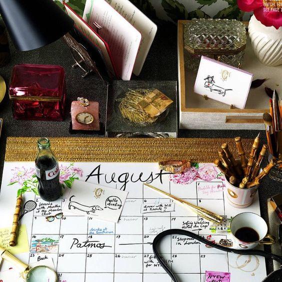 want this desktop calendar by @hayleysarno beautiful styling #WillKahn photography #JamesWojcik in @TandCmag @townandcountrymagjewelry #stationary #prettyworkspaces #interiordesign @schumacher1889 wallpaper