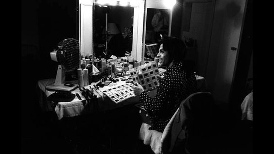 Prince in his dressing room @ the Lovesexy concert 88