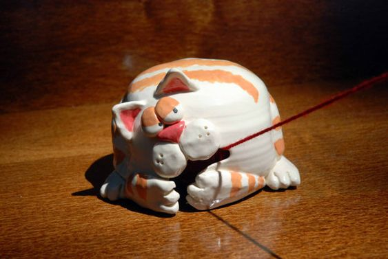 Cat Shaped Ceramic Yarn Bell: