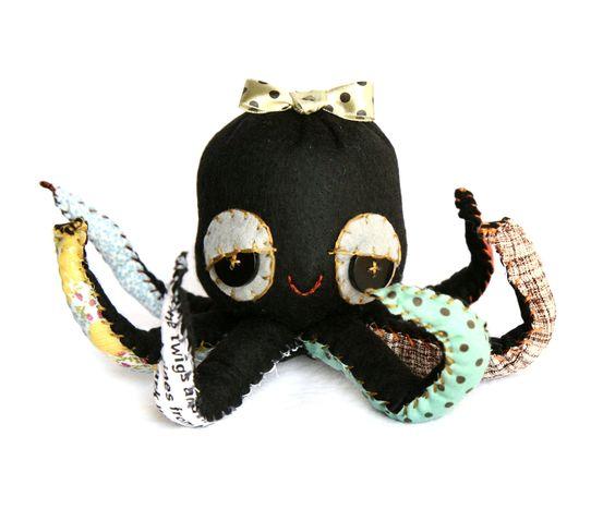 Friday Feature :: Skunkboy Creatures ::