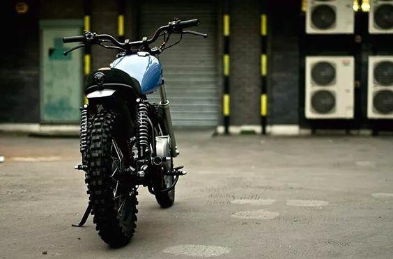 Yamaha SR custom
