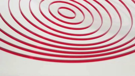 Circuconcéntricos Rojo Transparente (2013) Plexiglas. 100 cm diameter. The Brillembourg Capriles Collection of Latin American Art. © Elias Crespin