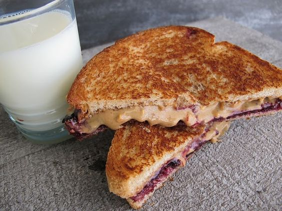 Peanut Butter & Jelly Grilled | PB Yes, this IS one of my favorite things in the world, especially when served with an ice cold glass of milk. <3