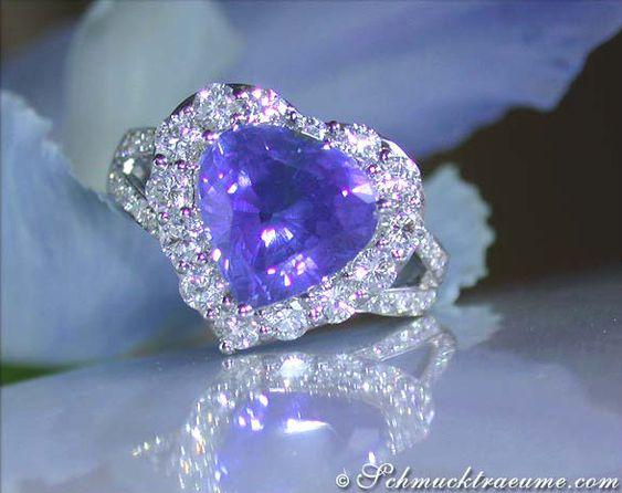 Tansanit Ring mit Brillanten im Herz-Desgin » Juwelier Schmucktraeume.com