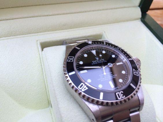 Coin des Affaires - Rolex Submariner 14060M 2008
