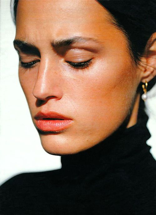 "thefashiondontlivewithoutvogue:    ""La pelle si rinnova"": Yasmin Le Bon by Robert Erdmann for Marie Claire Italy March 1991:"