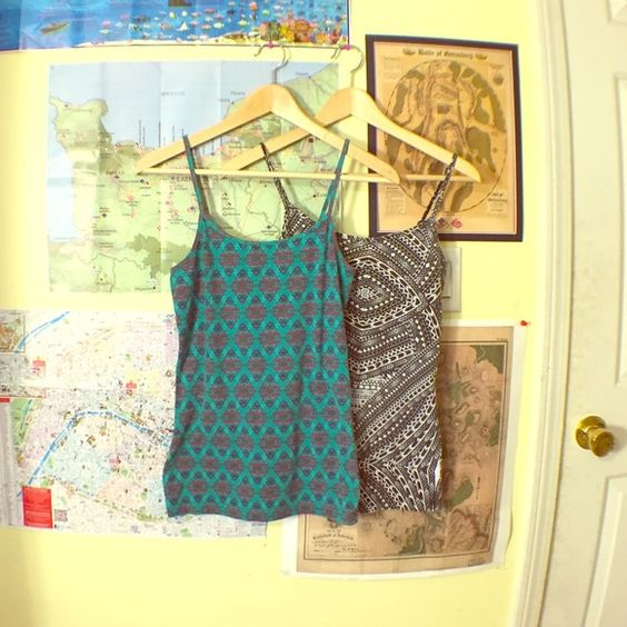 2 Nollie Tanktop Set From Pacsun Two printed summer tanks. Adjustable straps. Both were worn a handful of times, but still pretty vibrant. From the brand Nollie, found at Pacsun. 56% cotton, 37% polyester, and 5% spandex. Both size medium. PacSun Tops Tank Tops