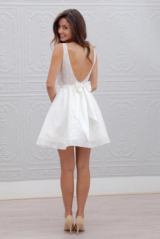 Robe de mariée courte - Marie Mathilde, modèle Nina #bridaldress #robecourte #shortweddingdress