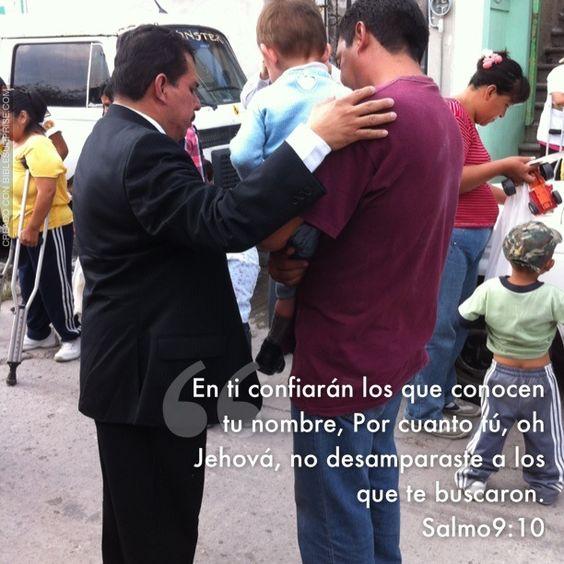 La confianza y la oración en nuestro DIOS es parte fundamental en nuestras vidas.  Biblia