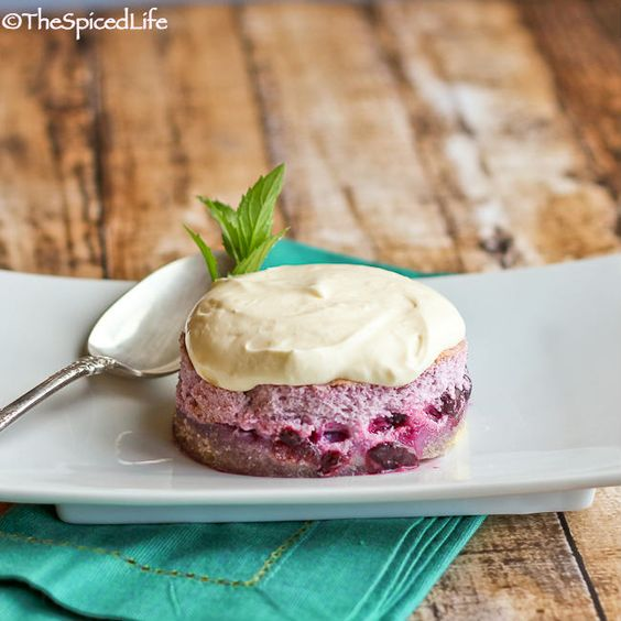 Blueberry Meringue with Lemon Cream