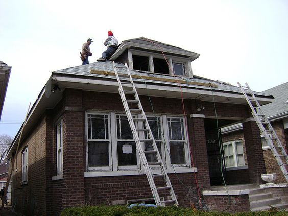 Shingle installation by Historic Chicago Bungalow Association, via Flickr