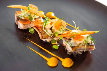 Seasame seared mackerel with carrot and star anis purée, shaved fennel salad, atsina cress, Pied à Terre, Central London restaurant