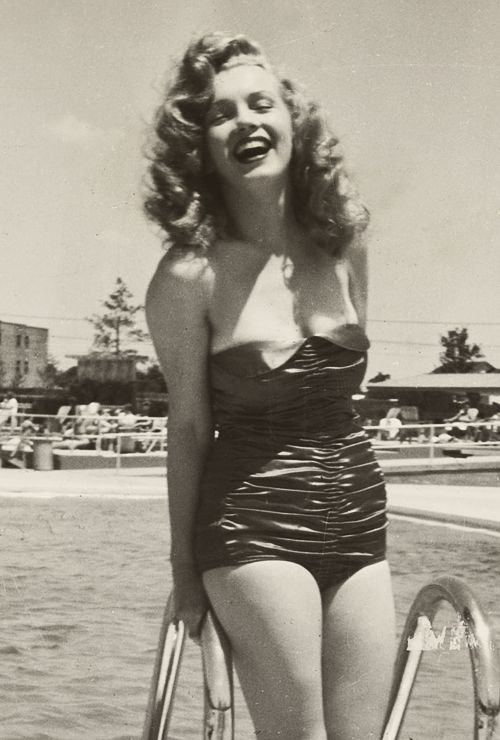 Marilyn Monroe in a one piece!