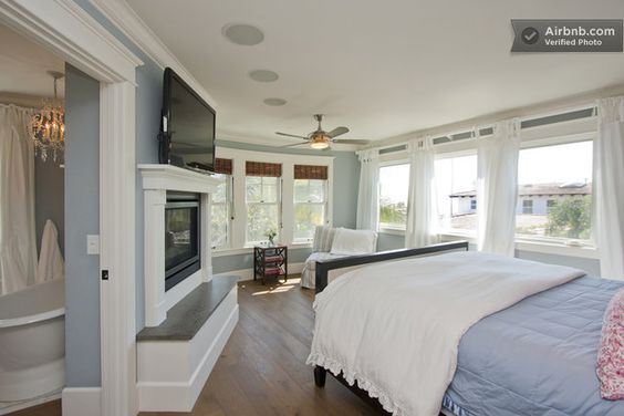 Cape Cod Style Beach House In San Clemente Home Bedroom