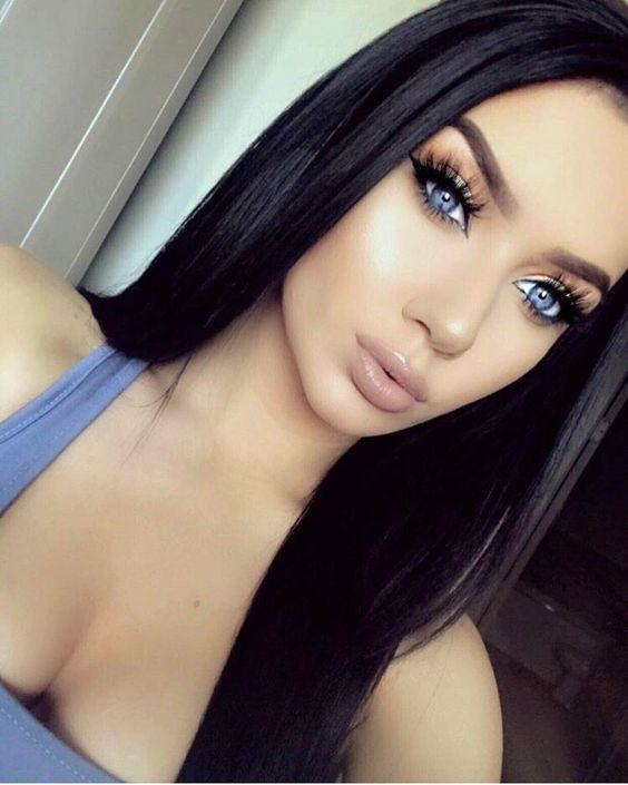 Dunkle haare blaue augen schminken