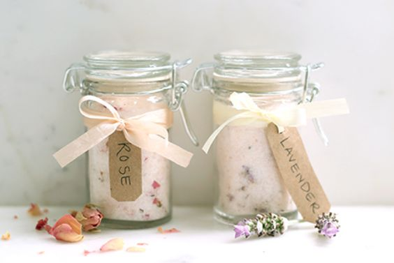 Home made bath scrub to help you relax this holiday season! #rocketdog #blog #diy #bathscrub #rdlife