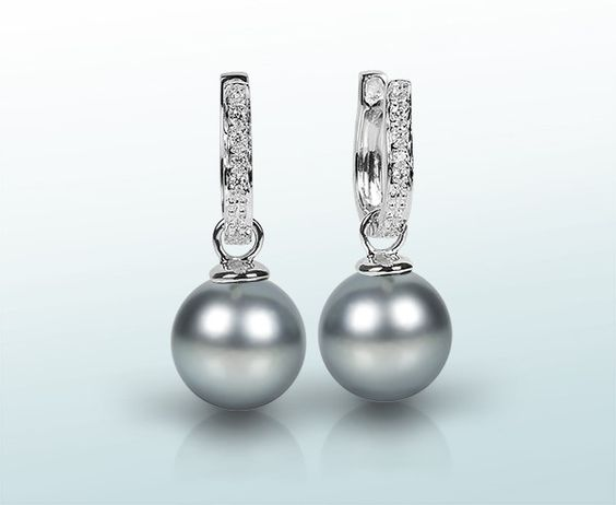 earrrings, pearls Tahiti and diamonds, white gold