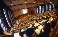 European Studies (B.A.)  Otto-von-Guericke-Universität Magdeburg Der B.A. European Studies ist ein interdisziplinärer Studiengang mit den Schwerpunktbereichen in Wirtschafts-, Sozial und Kulturwissenschaften. Im Mittelpunkt des Studiengangs stehen die Vermittlung von Europa-relevanten sozial- und wirtschaftswissenschaftlichen Kenntnissen, die für eine Analyse und das Verständnis des europäischen Integrationsprozesses erforderlich sind ...