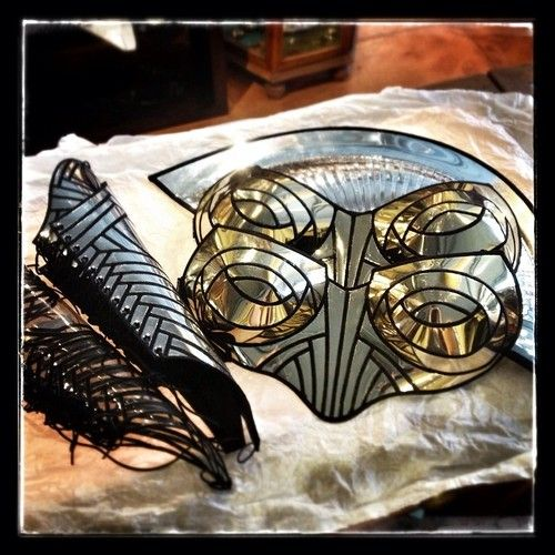 More #ComicCon2014 excitement! We are pleased to announce we will be carrying the badass warrior stylings of #DivampCouture - if you've not seen these fantastic metallic pieces you are REALLY in for a treat. #warrioress #centurion #fierceness #shiny #metallic #breastplate #gauntlets  (at Five & Diamond Store)