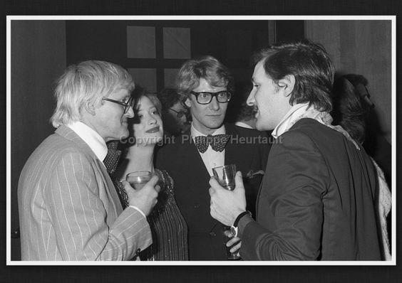David Hockney, Vicky Weymouth, Yves Saint Laurent et Jacques de Basher le 22 Février 1974.  Soirée Andy Warhol rue de Babylone.  Photographie de Philippe Heurtault.