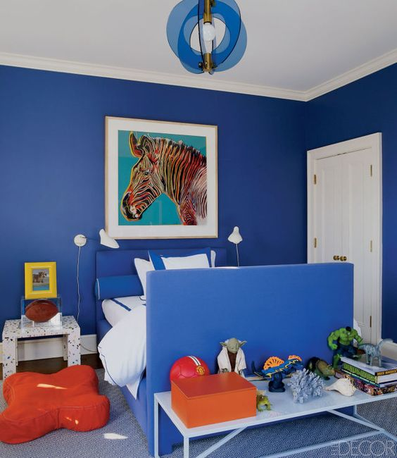 15 charming boys bedroom ideas fit for a prince hamptons for Electric blue bedroom ideas