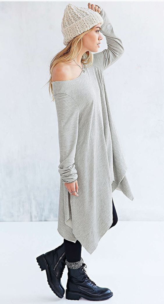 Mi piacerebbe molto acquistare questa lunga maglia svasata su Wish. Ideale per un look casual e un po shabby-chic. Le spalle scoperte e la gonna a coda di pesce sono molto trendy. I would like to buy this women's irregular long-sleeved T-shirt on Wish. It is very comfy, ideal for a casual or shappy-chic outfit. It is a very sexy off-the-shoulder shirt with a very trendy fishtail skirt. https://www.wish.com/c/568f265159626626badd9c69