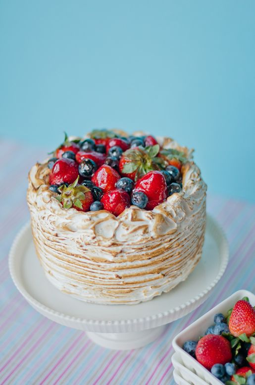 Berry Almond Crunch Cake from Hungry Rabbit with recipe link - and the cake is pink under the meringue - yea!!: