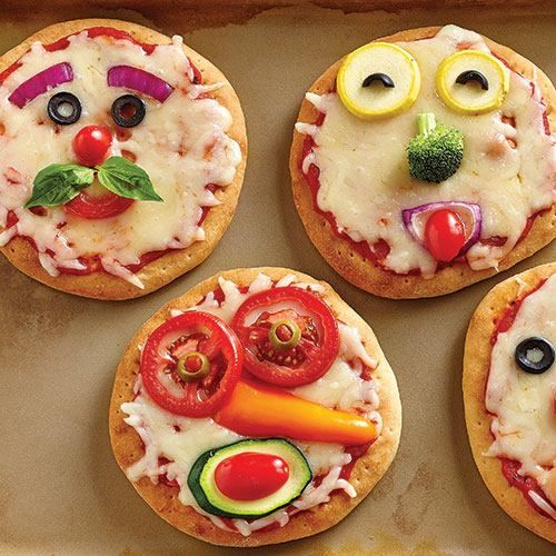 MINI PIZZAS (y) Print and Pin it here ->goo.gl/ITivga ღ FRIEND or FOLLOW ME! I am always posting awesome stuff on my timeline! Go here - >> https://www.facebook.com/nancy.meadows.737  INGREDIENTS 1 pkg (450 g) Pizza Crust Mix pizza sauce mozzarella cheese, grated Assorted Vegetables DIRECTIONS Prepare the mix according to steps 1 and 2 of package directions. After the dough rests, divide it in half then divide each half into fourths to create 8 balls. Place on a lightly floured surface and…