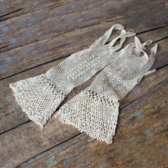 fishnet lace gloves