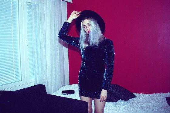 Gina Tricot Hat, Motel Rocks Dress