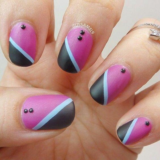 Black pink and white stripe nailart