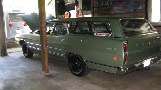 Ford wagon at Duff's Speed Shop