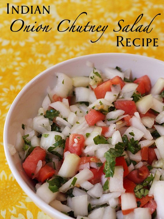 How to make Indian onion chutney for poppadoms that you buy from Indian takeaways. Quick and easy recipe for onion chutney/salad/dip for poppadoms.