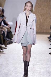 Sfilata Maison Martin Margiela Paris - Collezioni Autunno Inverno 2013-14 - Vogue
