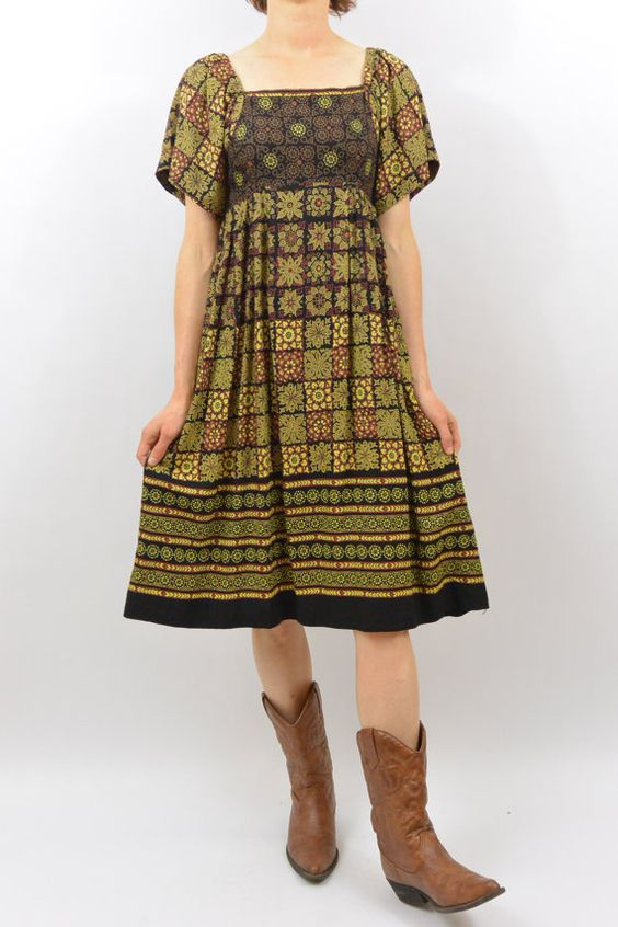 Vintage Bohemian Dress XS Clothing Empire by littleraisinvintage