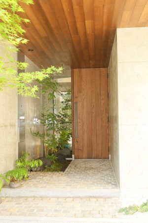 宮城県のミサワホームの玄関ドア交換事例 幅154cm高さ252cmの大型玄関ドア 玄関ドア 玄関 ドア