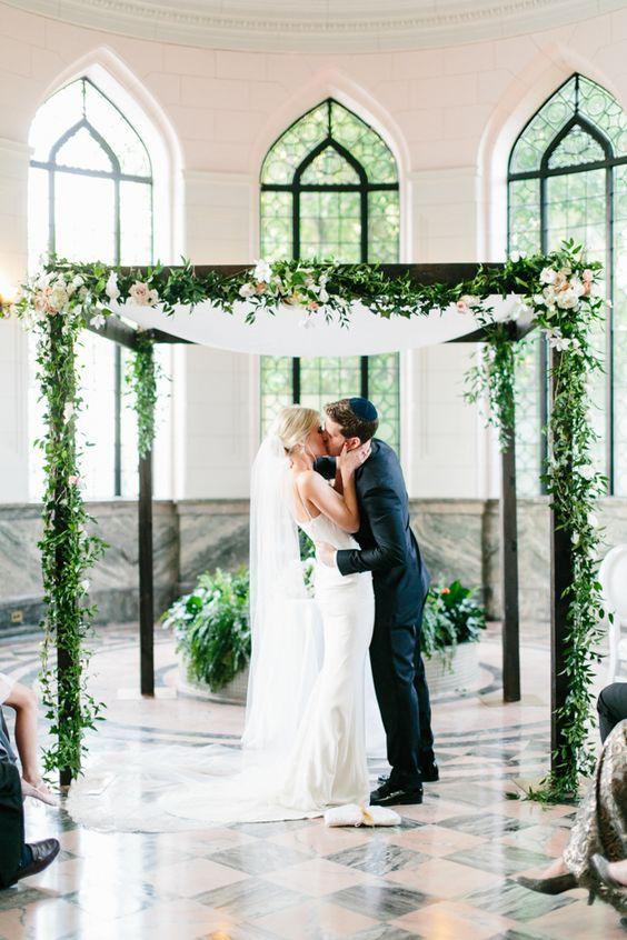 Photography by Mango Studios - Toronto Wedding Photographer