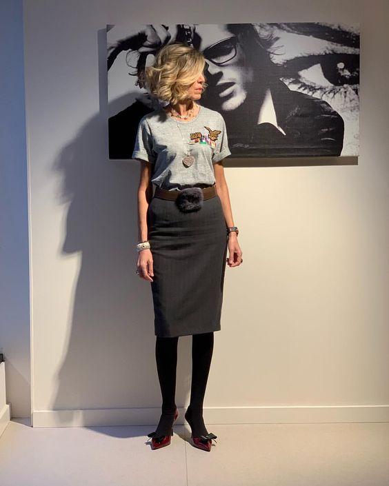 SUSI REJANOさんはInstagramを利用しています:「Falda midi y T-Shirt, un mix que nunca falla. #ootd」