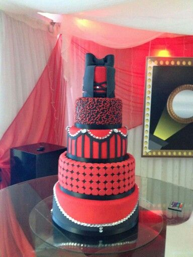 Black n red cake