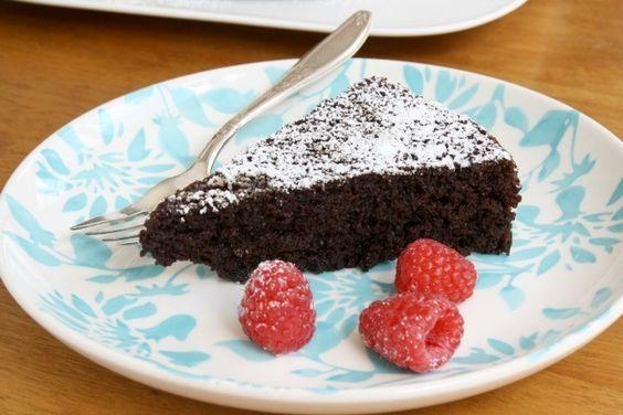 Gâteau+au+chocolat+peu+calorique+…+que+tout+le+monde+aime+-+Crosby's+Molasses