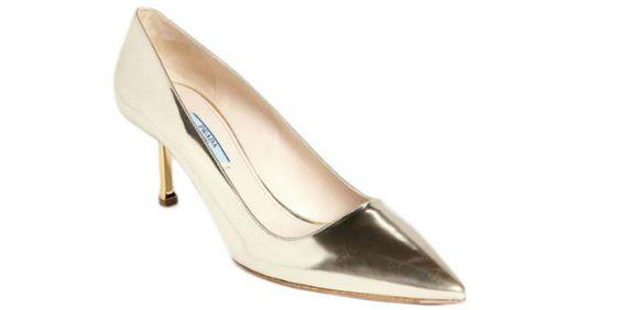 Sapatos para noiva com saltos baixos. #casamento #sapatosdenoiva #saltosbaixos